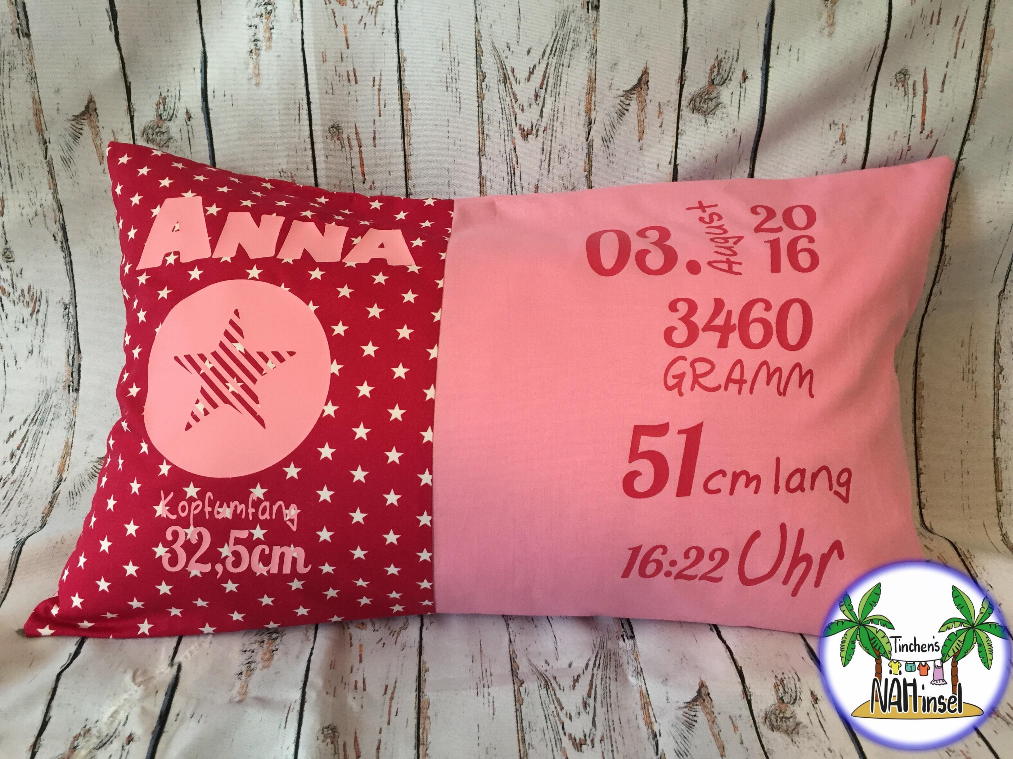 rosa-Geburtskissen mit Geburtsgewicht und Größe - Vorderseite